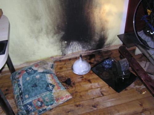 Požár v kuchyni kopřivnického bytu.